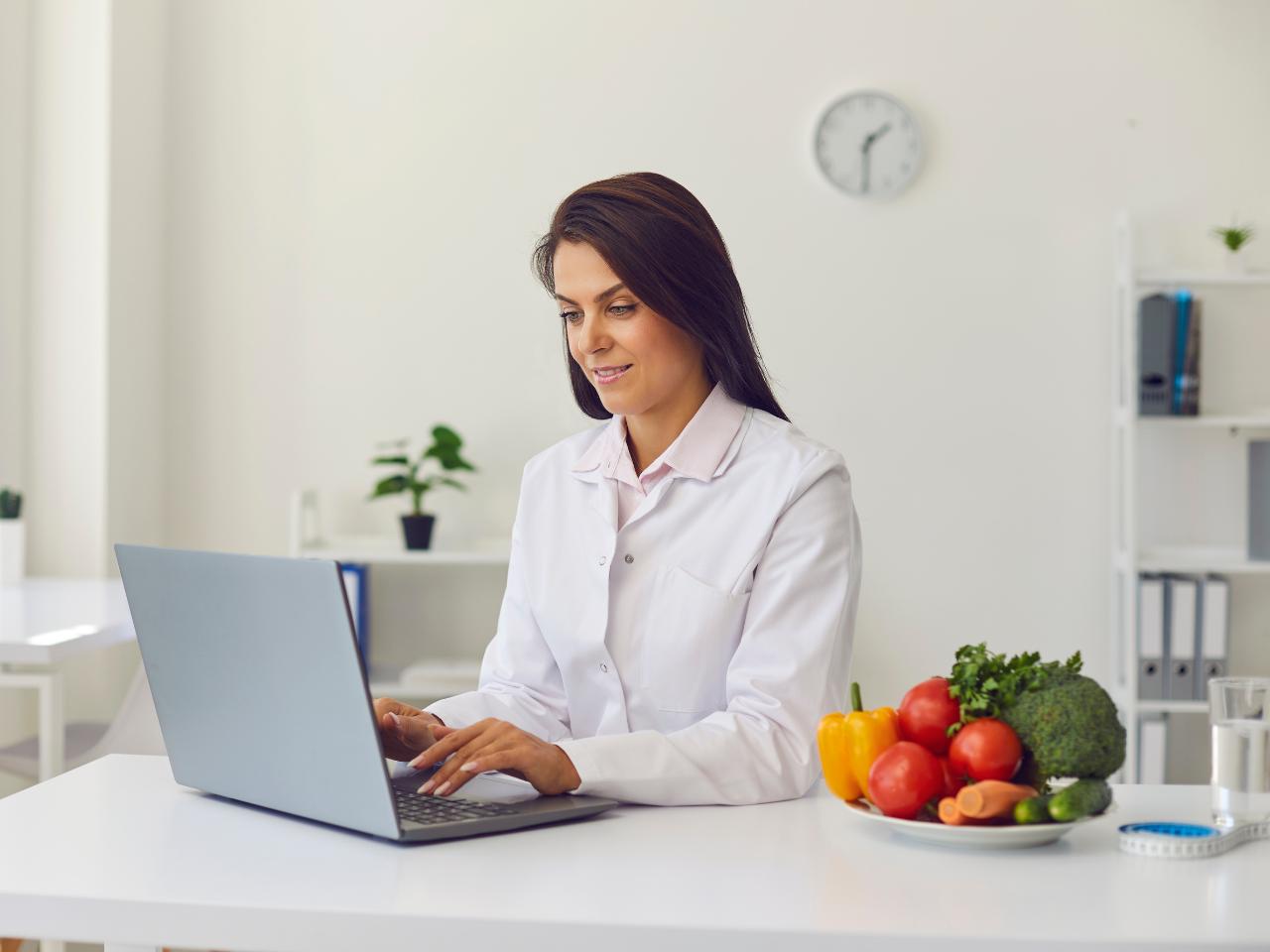 Specjalista ds. dietetyki i żywienia człowieka